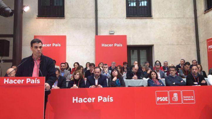 Sánchez critica a Cs por sostener a un PP
