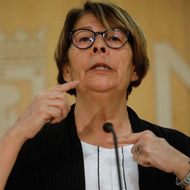 Inés Sabanés, concejala de Medio Ambiente y Movilidad del Ayuntamiento de Madrid, informa a los medios de comunicación de los acuerdos adoptados en la junta de gobierno.