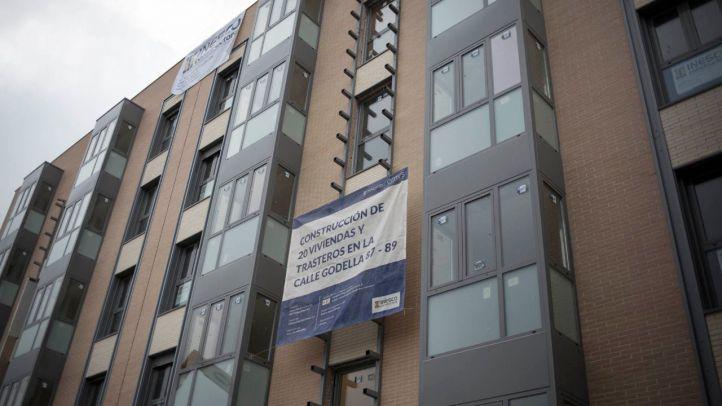 Higueras promete licitar 3.600 viviendas de la EMVS frente a las 951 de Botella