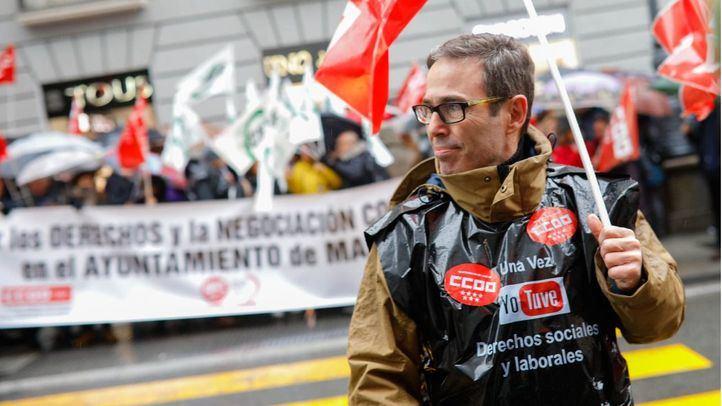 Los trabajadores municipales vuelven a la carga contra Dancausa
