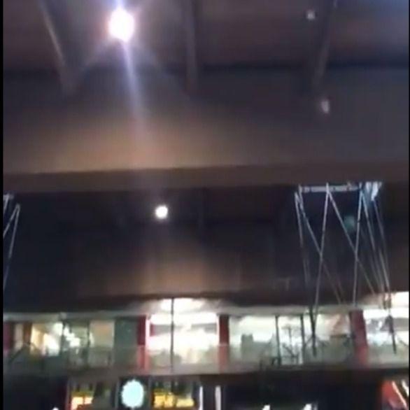 La lluvia se cuela en los andenes de Atocha