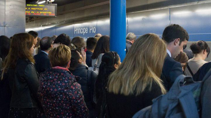 La asamblea de trabajadores ratifica los paros de Metro