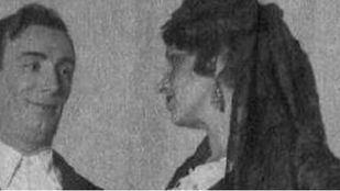 Manuel Collado y Josefina Díaz de Artigas en el estreno de Bodas de Sangre en 1933 de Federico García Lorca.