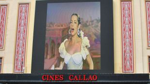 Nace Saritísima: la diva que abandonó Hollywood por el cuplé