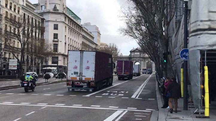 Tres camiones con ayuda humanitaria parten hacia el Sáhara