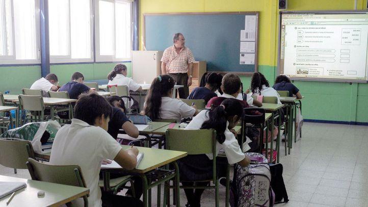 La Comunidad contratará 1.600 profesores más: las oposiciones, en junio