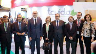 Ruiz Escudero plantea crear grupos de trabajo con el COFM para 'analizar las necesidades económicas de la Farmacia'