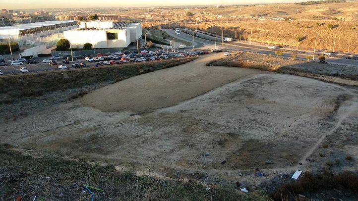 'Parcela del talud' ofrecida por el Ayuntamiento y rechazada por la Comunidad.