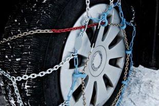 Necesario el uso de cadenas por las nevadas en la sierra