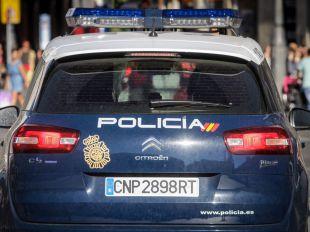 Ocho detenidos por atacar la sede de Hogar Social Madrid