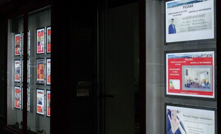 Inmobiliaria de Lavapiés que ofrece a sus clientes destinar su vivienda a uso vacacional.