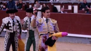 Las Ventas: oreja para Fortes, con verdad y torería, en una vulgar corrida de Victorino (vídeo)