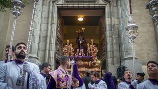 El Cristo de los Gitanos inaugura la Pascua