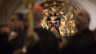 El Cristo de las Tres Caídas procesiona por primera vez