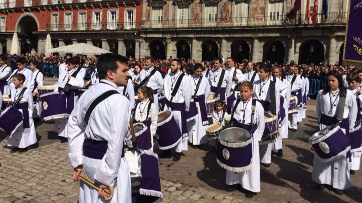 La Semana Santa se despide con la tradicional tamborrada
