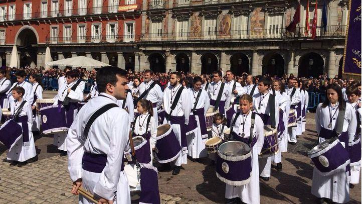 Tamborrada en la Plaza Mayor para celebrar el Domingo de Resurreción
