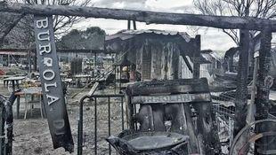 Así ha quedado Burrolandia tras el incendio del domingo.