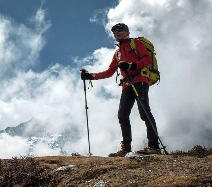 Carlos Soria continúa el ascenso al Dhaulagiri