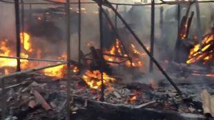 Herido grave tras el incendio de ocho infraviviendas