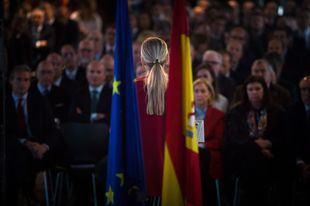 Cifuentes hablará en Sevilla después de la comparecencia del rector