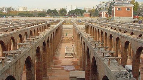 Trescientos obreros quedan sepultados bajo el tercer depósito del Canal