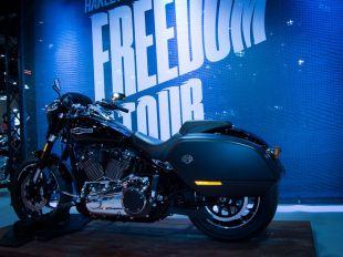 Miles de motos se dan cita en la Feria de Madrid