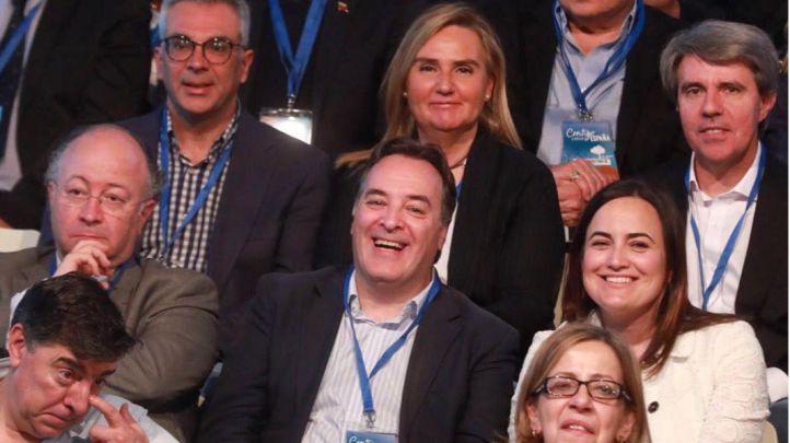 Militantes del PP en la Convención Nacional del PP en Sevilla