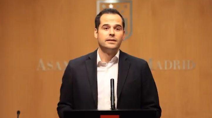 Ignacio Aguado anuncia la petición de dimisión de la presidenta