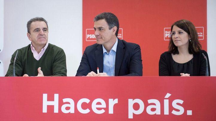 José Manuel Franco, Pedro Sánchez y Adriana Lastra, en la reunión en Coslada