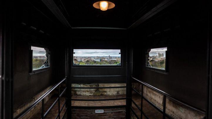 Un mirador con vistas en El Retiro a los pies de Alfonso XII