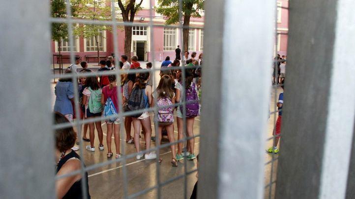 Alumnos en un colegio público de la capital.