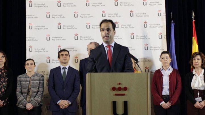 La URJC suspende al director del máster