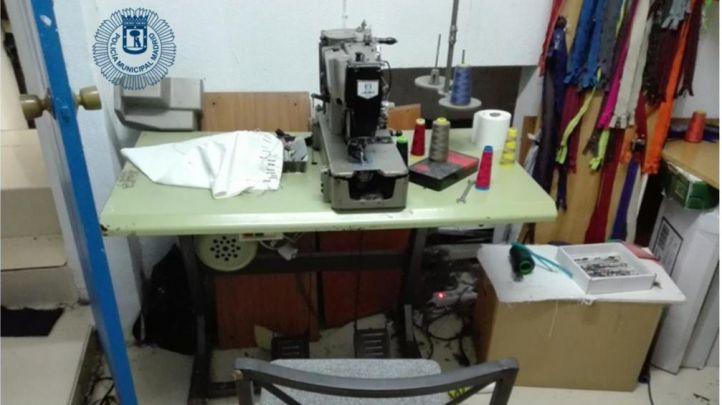 Intervenido un taller clandestino de costura en Hortaleza