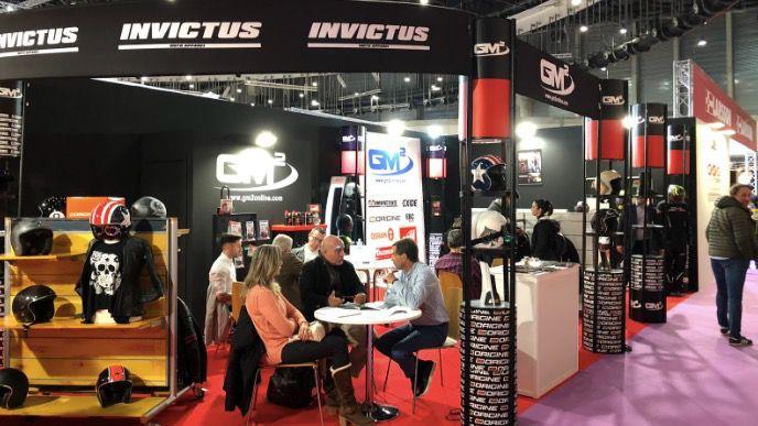 La ropa de moto Invictus Moto Apparel y los cascos Origine sorprenden a todos en Vive La Moto