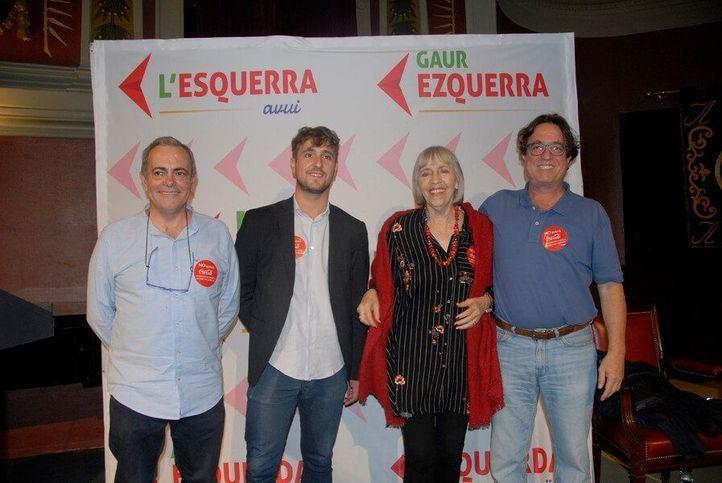 Julián Sánchez Urrea, segundo por la izquierda, es el portavoz de Convergencia de La Izquierda, principal formación de La Izquierda Hoy. La imagen es de la presentación de la plataforma en octubre en el Ateneo.