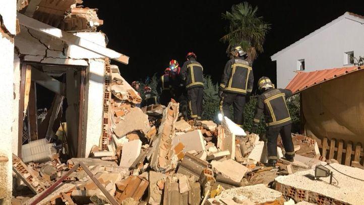 Rescatados entre los escombros de una vivienda tras una explosión de gas