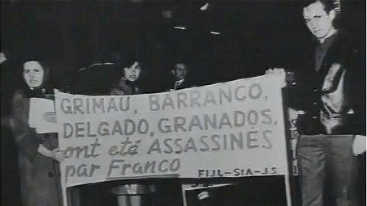 Protesta en París contra el juicio sumarísimo contra Julián Grimau.