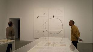 Dora García expone su obra Segunda Vez en el museo de arte Reina Sofía.