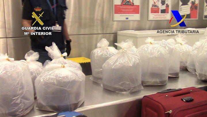 Intervenidos más de 100 kilos de angulas en Barajas