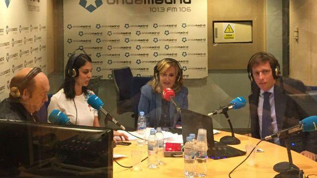 Rita Maestre y José Luis Martínez-Almeida en Com.Permiso en Onda Madrid, en uno de los programas en los que participaron.