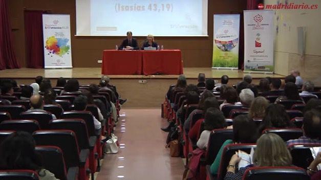 El Colegio Santa Francisca Javier Cabrini ha acogido el V Encuentro de Acciones Innovadoras 43,19.