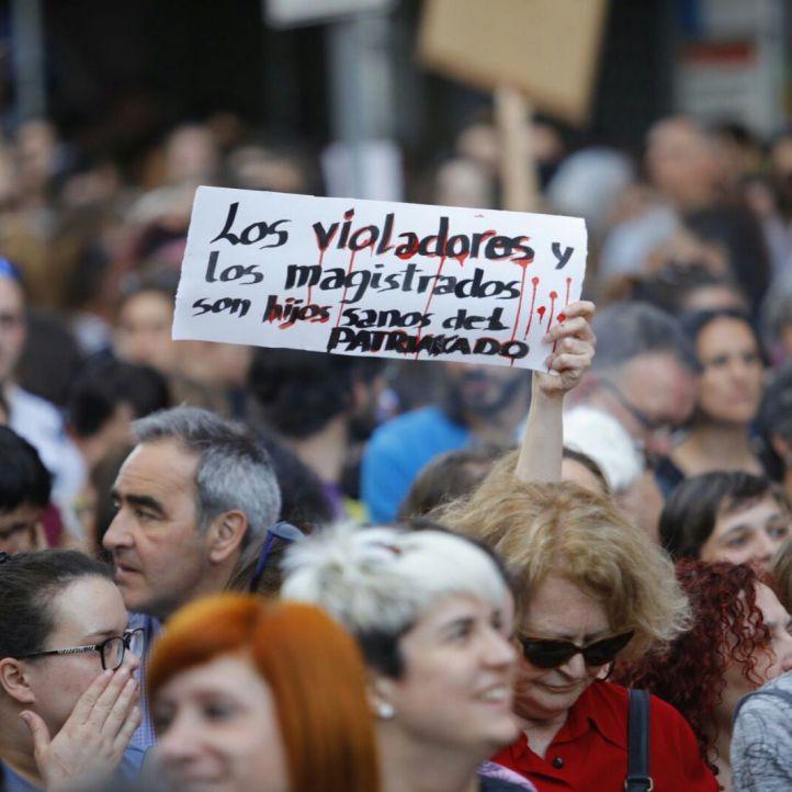 Un millón de firmas para inhabilitar a los jueces de Navarra