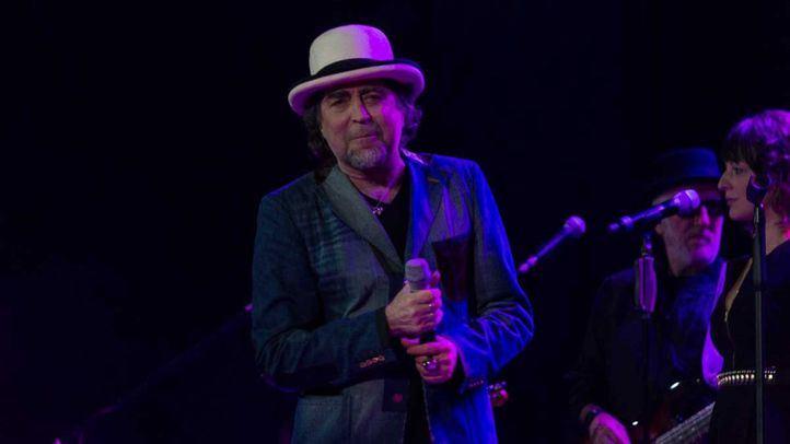 Joaquín Sabina en  concierto.