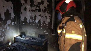 Un fallecido y cinco heridos en un incendio