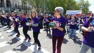 Primero de Mayo morado: el feminismo acompaña a los pensionistas