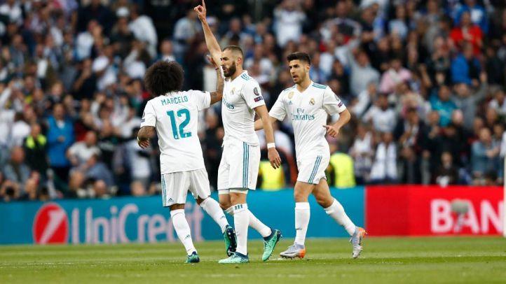 Los jugadores del Real Madrid celebran un gol contra el Bayern.