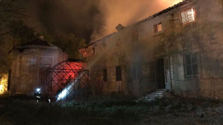 Arde el Palacio de Osuna de Aranjuez