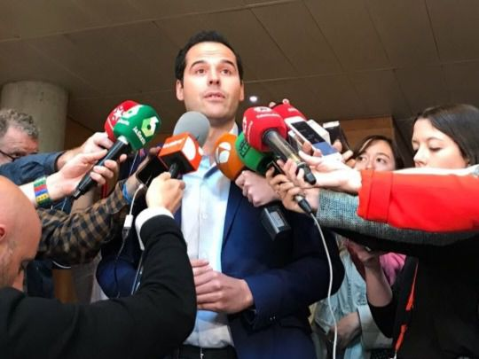 Ignacio Aguado, en los pasillos de la Asamblea