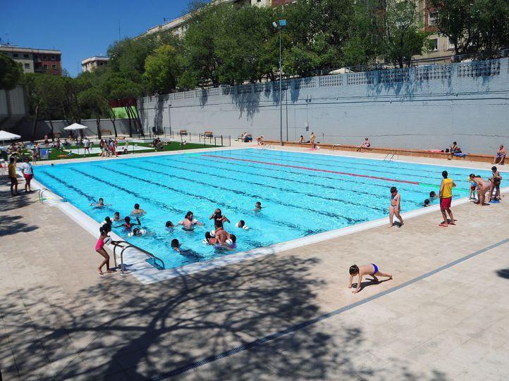 Cinco piscinas municipales abren gratis