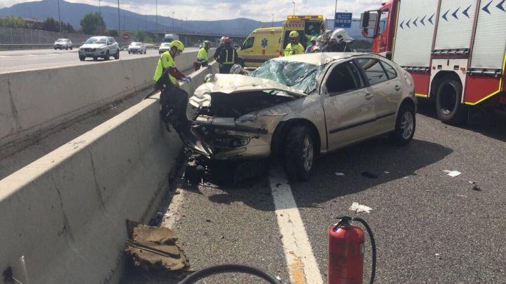 Uno de los coches implicados en el accidente de la A-46.